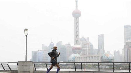 为了在上海的3.8万人,这个奥运冠军帮他们做了一件事