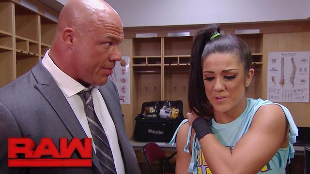RAW 05/15:被阿莱克萨狂怼 贝莉向经理科特安格喊冤