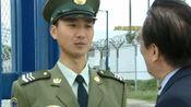 解放军驻港部队站岗,被外国游客当众侮辱,中国公民的做法太暖心
