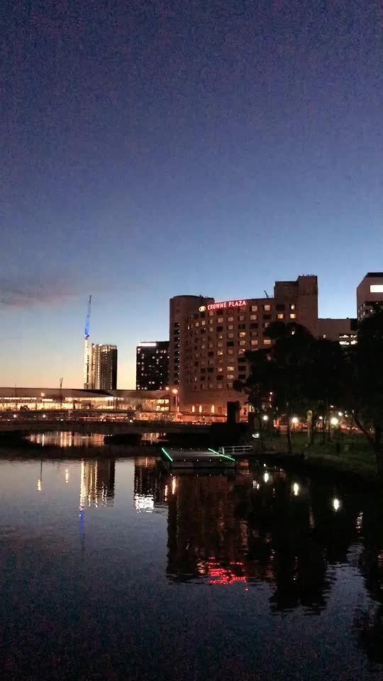 墨尔本皇冠赌场酒店夜景