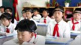 浙江小学生戴头环监控走神,网友质疑:学生还有没有自由?
