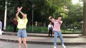 【陈博豪】191113 早起跳广场舞的博豪 怎么看上去不太协调的亚子哈哈哈