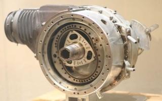 六转子发动机 跑马力机
