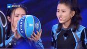 追我吧:众明星玩两指抓球游戏,陈若琳的小技巧被华少识破了