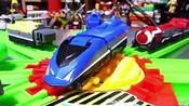 变形金刚玩具_超级列车合体_儿童玩具