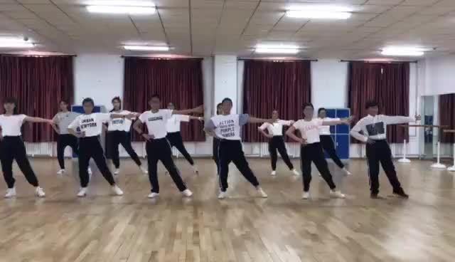 大庆外国语 舞蹈