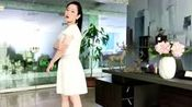 喝下午茶应该穿什么呢? 赵小溪推荐的白色蕾丝连衣裙