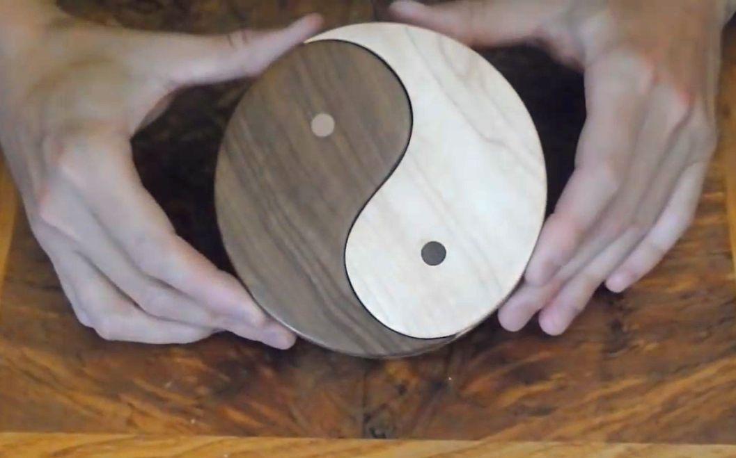 老外制作的阴阳木盒