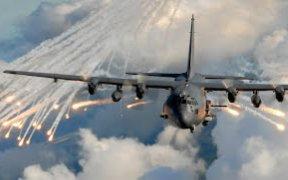 实拍AC-130空中炮艇开火