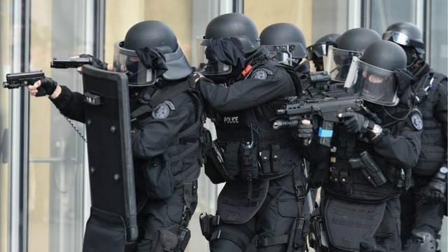 法国校园枪击案非恐袭:枪手疑为当地官员儿子