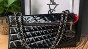 Chanel香奈儿 漆皮单肩包 34*18 风格独特的一款 现货好价5Xxx