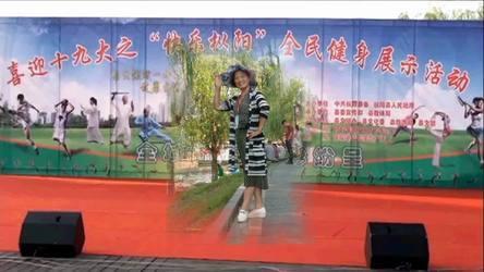 《筷子舞--相约在醉美的草原 表演 团队版》安徽枞阳月亮姐姐广场舞