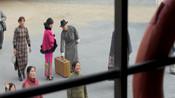 面具背后罗升平送李舒杨太太去码头