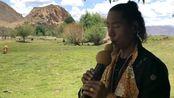 葫芦丝吹奏一首康巴民歌《山谷的回声》,这个地方选的好!