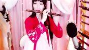 美女笛子演奏新白娘子传奇插曲《青城山下白素贞》,别有曳