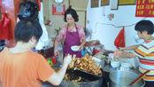 福建菜市场开了40多年小吃店,靠3元美味出名,人均10元吃饱