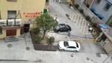 2月13日,湖北仙桃小区的门要锁三天,让居民赶紧备足食材