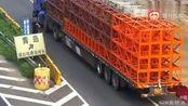 高速上肆无忌惮倒车,监控拍下大货车令人发指全过程!