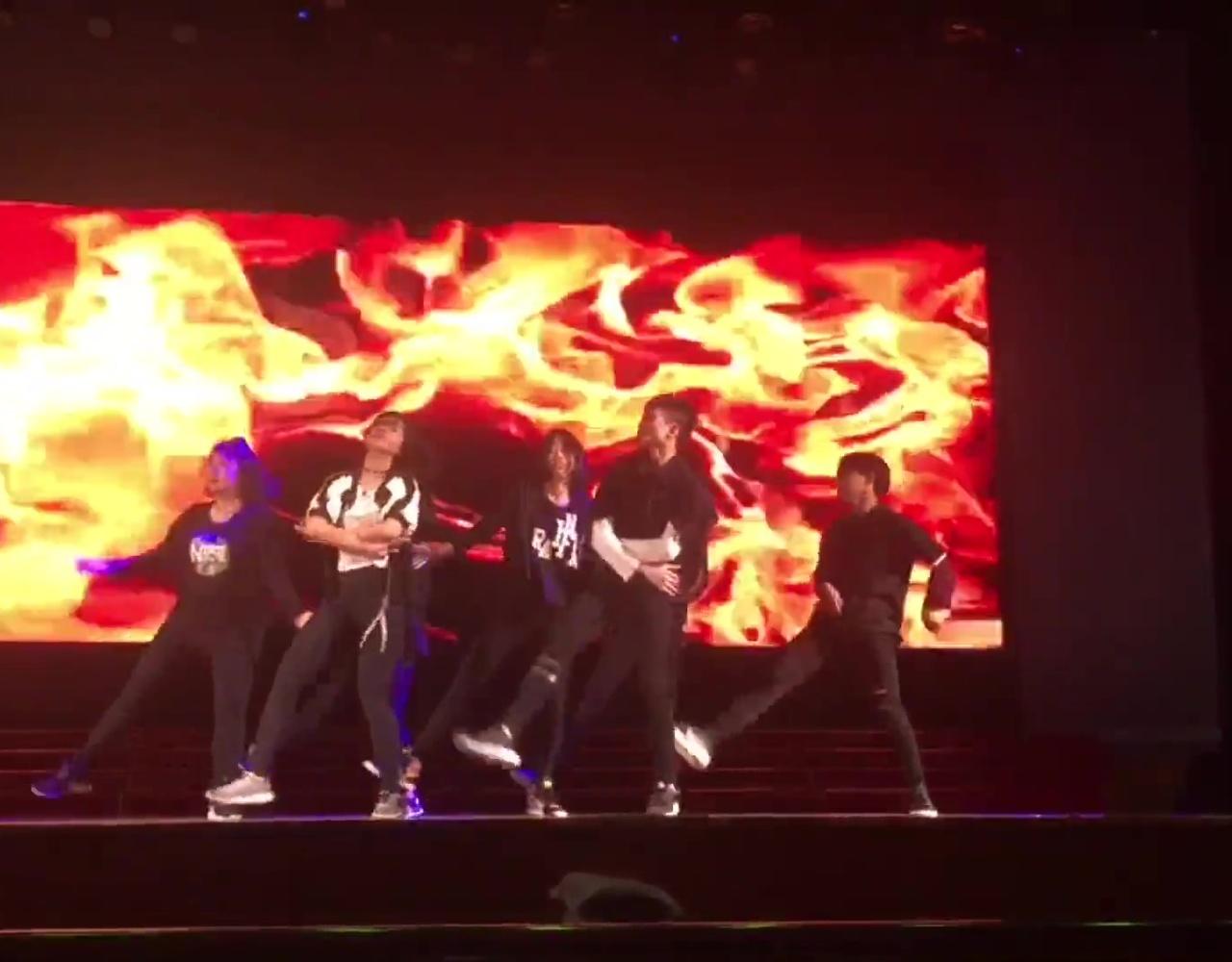 【厦外街舞社】厦门六中十佳歌手赛 串场表演