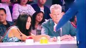 中国帅气男生上台表演魔术俘获美女评委的心-综艺大热门-小小狐狸精儿
