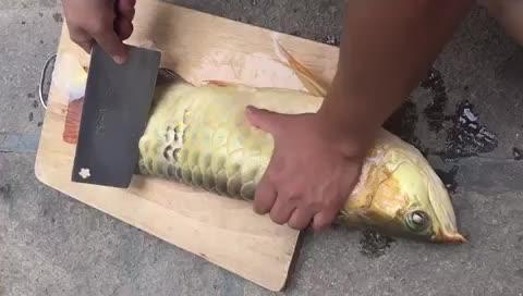 这鱼怎么做好吃?吃过的教一下,线上等,急急急