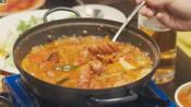 一起吃饭吧3:白珍熙在泡菜汤里加香肠,尹斗俊吃完感叹太好吃了
