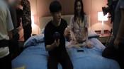 《光年2》花絮:许晓诺王以纶互相盖被子,两人玩瞪眼游戏