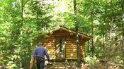 [肖恩的木屋]128 . 桑拿房位于森林生活的绿色屋顶上。Off Grid Sauna in the Forest Living Green Roof .