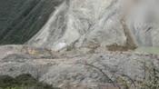 金沙江堰塞湖山体出现较大裂缝 存在二次垮塌危险