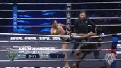 中国泰拳第一人韩子豪暴击泰国拳王,差点打下擂台,裁判赶快救场