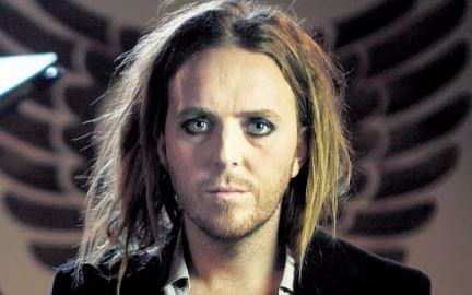 Tim Minchin - live session on Geoff Lloyd's Hometime Show -