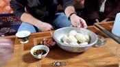 藏区的早点酥油包子,让来到高原的常乐,吃到了本地的味道