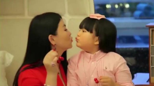 女儿王诗龄被曝一年吸金千万 李湘:夫妻俩的年薪
