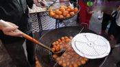 湖南长沙这个小吃店,只卖一种美食却火了30年,每天都有人排队