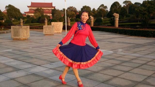江西奉新珠宝活力健身广场舞《迎酒欢歌》学跳版 编舞 美久老师