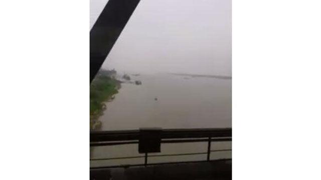长江边上的城市 九江