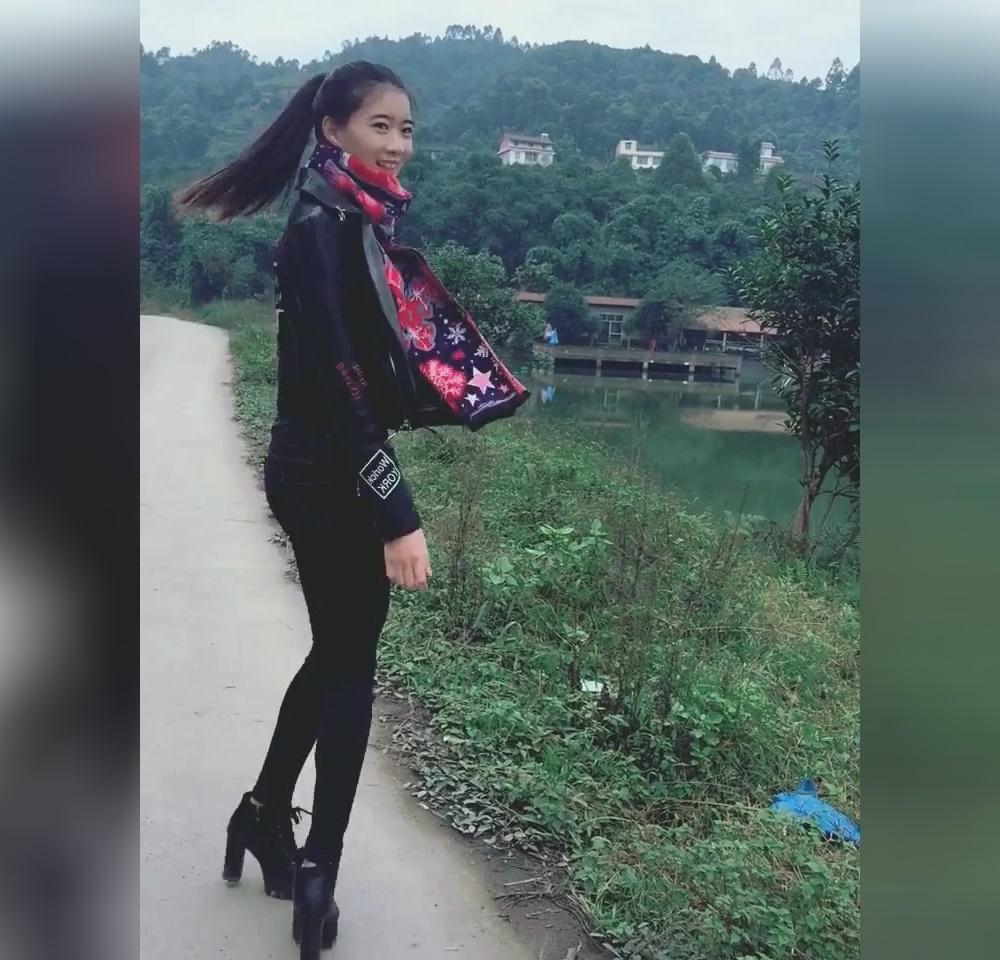 我32在新疆一农村,真心找老公,35以下的别点进来!