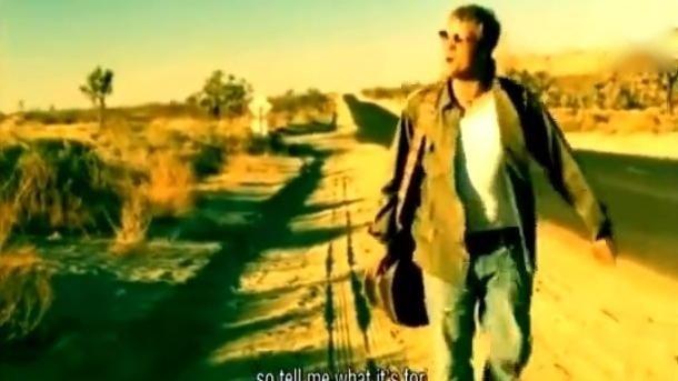 后街男孩成员尼克·卡特,我必须为你哭泣,经典摇滚情歌原版MV