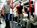 www.shttv.com/product/p87_1.htm男子地铁上辱骂外国人被殴打