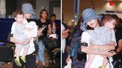 唐菀和曹云金离婚后独自带娃,出机场无人接,单手抱娃臂力惊人