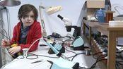 比利时9岁神童大学毕业前突退学 称直接读博