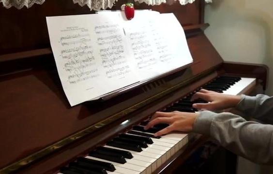 钢琴曲《蓝色大海的传说》