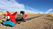 国外牛人用火箭配上火车模型,这速度简直无敌了