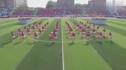 内蒙古244名校花运动会齐跳开场舞瞬间走红网络