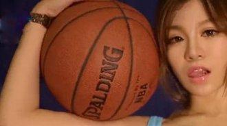 篮球宝贝身材火辣,长相甜美!