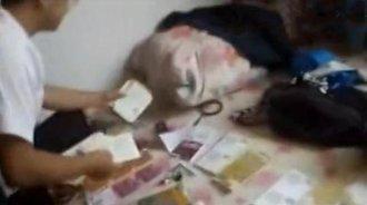 男子盗窃一抽屉彩票,出租屋内刮奖被民警堵个恰到好处