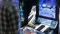 日本大神玩音乐类游戏机