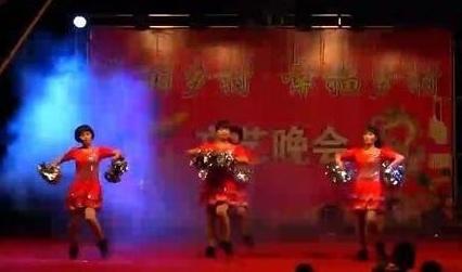 白花广场舞《喜庆临门》变队形
