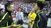 刘国梁偶遇王楠张怡宁 笑称她俩只能当嘉宾