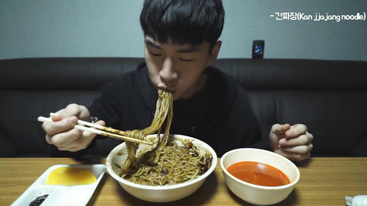 韩国吃播 奔驰小哥 炸酱面 无说话 EATING SOUND (No Talking asmr) 2016年9月28日发布